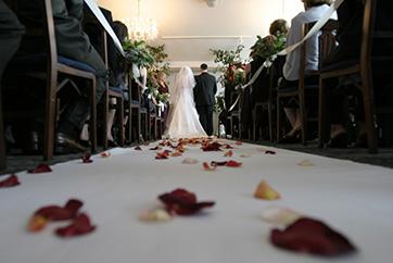 gifta sig utomlands